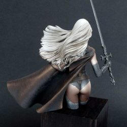 Malefic_Time_Luis-Royo-Romulo_Royo-Nocturna_Models-Luz-3p1150442__sized_l-Bust